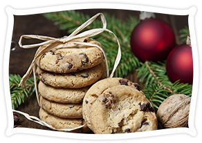 holiday items, bagels, brownies, cupcakes, sweet rolls, cookies, donuts, muffins, croissants